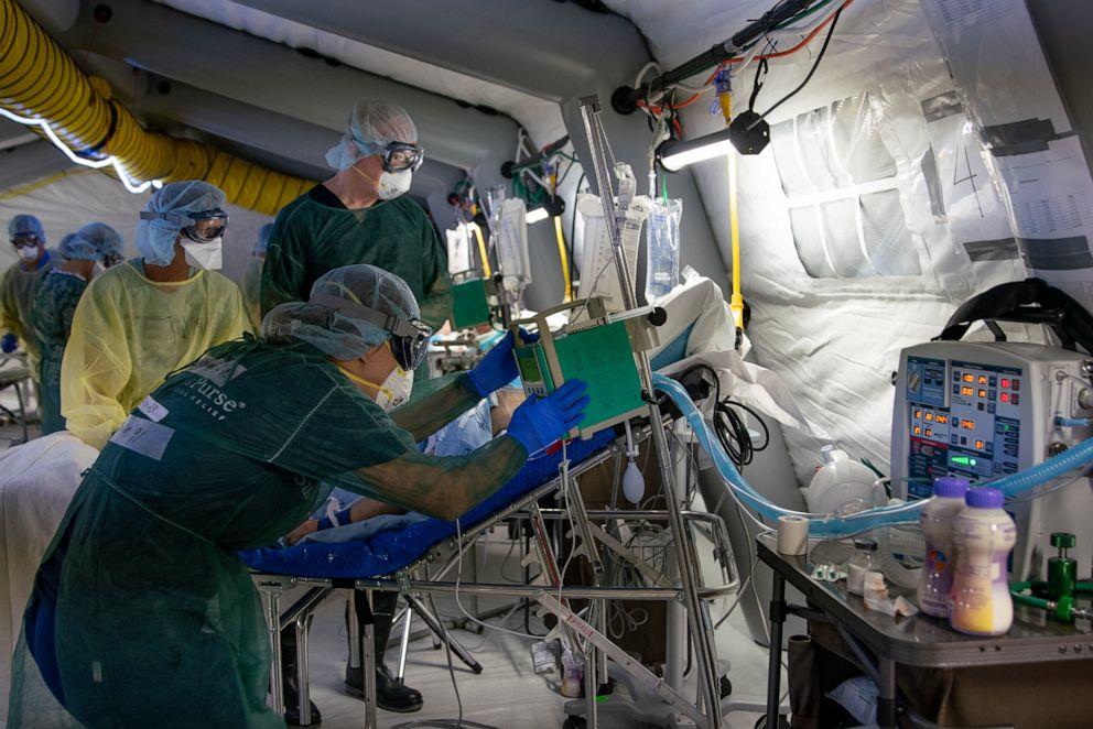 фото мобильного госпиталя